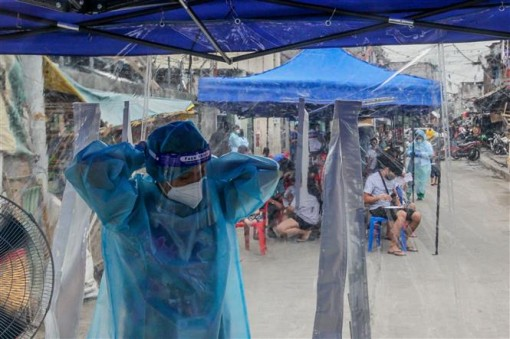 COVID-19 đến 6h sáng 23-9: Ấn Độ vượt 80.000 ca tử vong, châu Âu cuốn vào làn sóng thứ hai