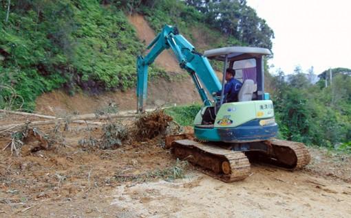 Nỗ lực khắc phục hậu quả mưa, bão, ổn định cuộc sống người dân