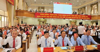 18 đại biểu chính thức đi dự Đại hội đại biểu toàn quốc lần thứ XIII của Đảng