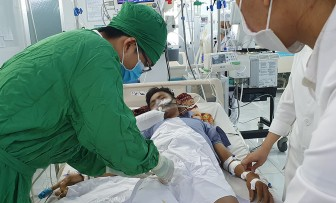 Bệnh viện Sản-Nhi An Giang cứu sống nam thiếu niên uống thuốc trừ cỏ tự tử