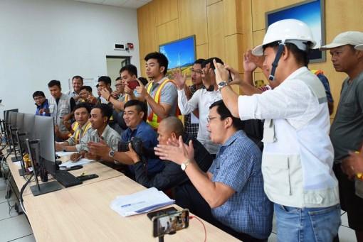 Đóng điện trạm biến áp và đường dây 220/500kV tại Ninh Thuận