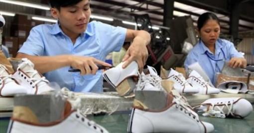 Công nghiệp hỗ trợ - 'chìa khóa' để ngành da giày hội nhập