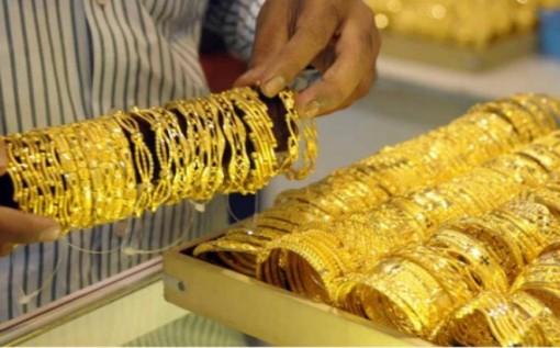 Giá vàng hôm nay 8-10: Giằng co mạnh, giá vàng chưa thể bứt phá