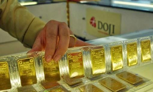 Giá vàng hôm nay 14-10: Vàng tụt giảm khi USD bất ngờ tăng vọt