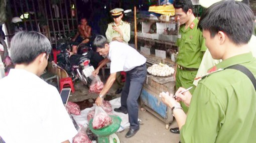 Kiên quyết đấu tranh với hành vi vi phạm pháp luật về an toàn thực phẩm - bảo vệ động vật hoang dã