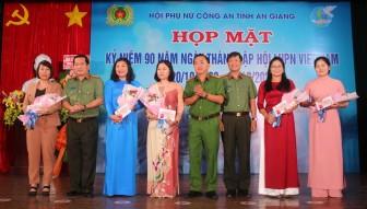 Công an tỉnh An Giang tổ chức họp mặt kỷ niệm 90 năm ngày thành lập Hội Liên hiệp Phụ nữ Việt Nam
