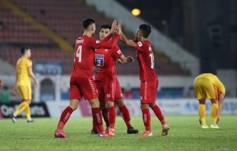 V-League: Hải Phòng và Quảng Nam đều thắng, cuộc đua trụ hạng gay cấn