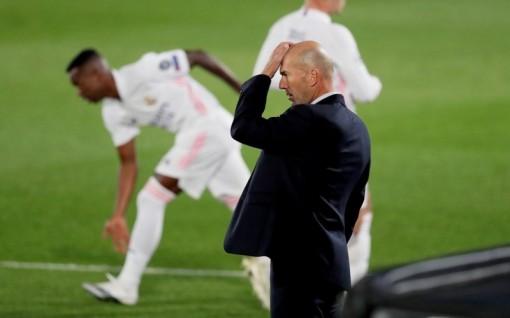 Real lạc lối trong sự bối rối của Zidane