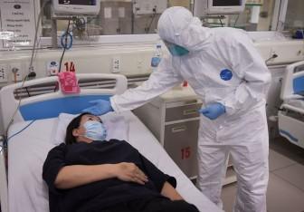 Thêm 12 ca Covid-19 mới, Bộ Y tế yêu cầu giám sát chặt chẽ người nhập cảnh