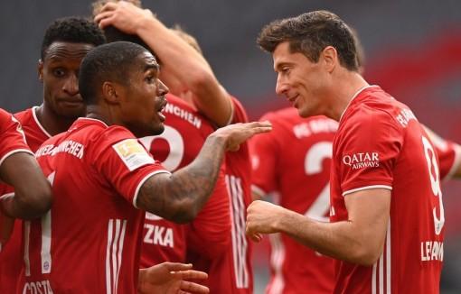 Bundesliga: Bayern tiếp tục 'hủy diệt,' Dortmund thắng derby vùng Ruhr