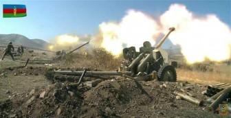 Azerbaijan và Armenia nhất trí ngừng bắn ở Nagorny-Karabakh