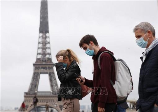 Số ca nhiễm virus SARS-CoV-2 tăng kỷ lục tại Pháp và Hungary