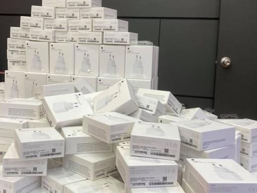 Cục sạc iPhone 12 bán chính thức tại Việt Nam dù máy chưa về