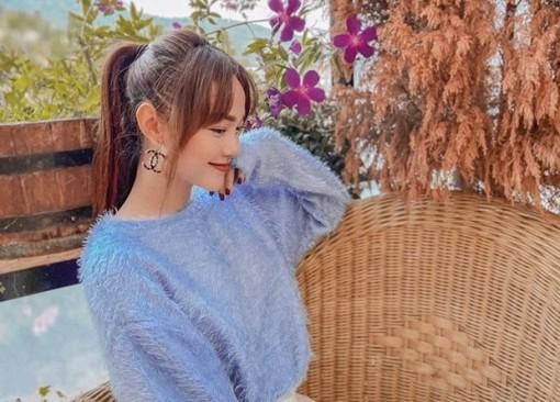 Hết giãn cách xã hội, dàn mỹ nhân Việt xúng xính váy áo đi du lịch