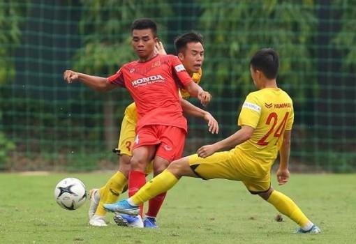 HLV Park Hang Seo triệu tập U22 Việt Nam, quân Nam Định đông hơn cả HAGL