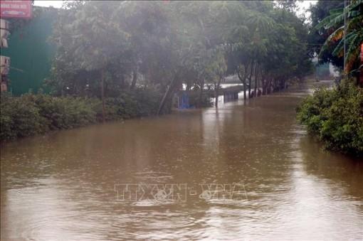 Trên 28.000 học sinh Hà Tĩnh nghỉ học để phòng tránh mưa lũ