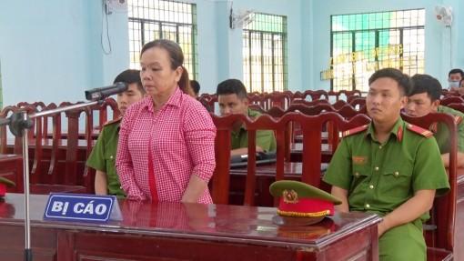 2,5 năm cho người phụ nữ ngược đãi mẹ già ở Cô Tô