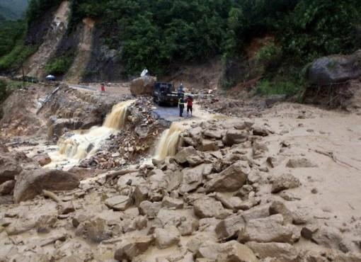 Các tỉnh miền núi tăng cường ứng phó lũ quét, sạt lở đất