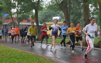 """Gần 1.000 người tham gia giải chạy """"Vì người mình yêu"""""""