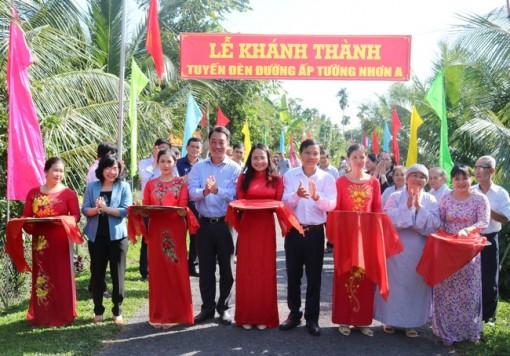 Vĩnh Long: Khánh thành tuyến đèn đường nông thôn