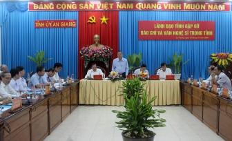 Lãnh đạo tỉnh An Giang gặp gỡ các cơ quan báo chí và văn nghệ sĩ
