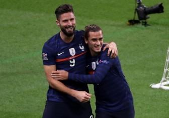 """""""Lão tướng"""" 34 tuổi tỏa sáng ở ĐT Pháp, Chelsea mừng hay lo?"""