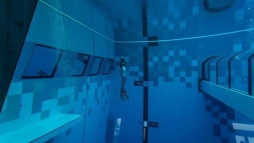 Trải nghiệm lý thú với bể lặn sâu nhất thế giới tại Ba Lan