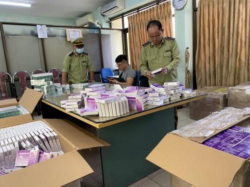Thu hơn 130.000 hộp kháng sinh, thận, huyết áp không nguồn gốc