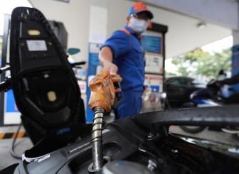 Giá xăng dầu hôm nay 24-11: Tăng vọt mức cao nhất từ tháng 3