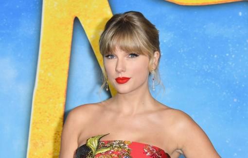 Taylor Swift thắng lớn tại lễ trao Giải thưởng Âm nhạc Mỹ 2020