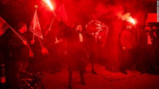 Hạ viện Pháp thông qua Luật An ninh Toàn cầu gây tranh cãi