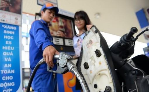 Giá xăng dầu tăng trở lại từ chiều 26-11