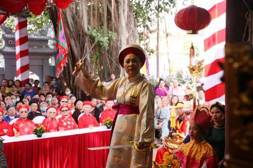 Nỗ lực bảo tồn Tín ngưỡng thờ Mẫu