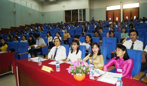 """Hội thảo """"Cải tiến phương pháp dạy học trong bối cảnh công nghệ hiện đại"""""""