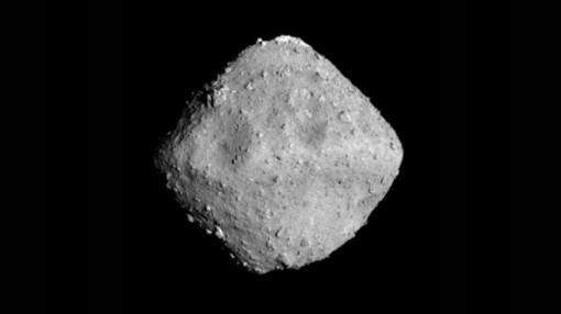 'Đánh bom' thành công tiểu hành tinh, tàu vũ trụ mang hàng quý về Trái đất