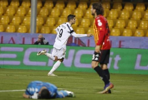 Vắng Ronaldo, Juventus không thắng nổi đội yếu ở Serie A