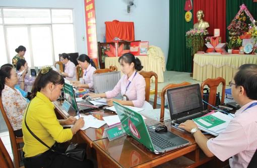 Tiếp tục thực hiện hỗ trợ người dân gặp khó khăn do dịch bệnh COVID-19