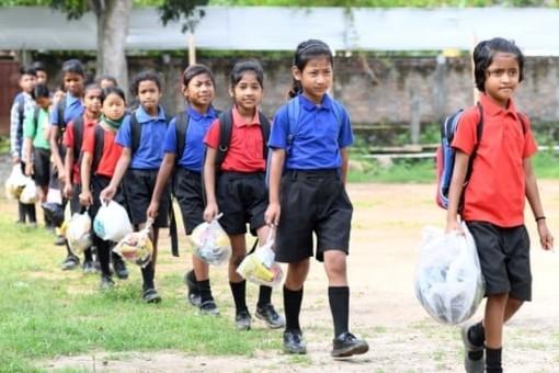 Nơi học sinh được trả lương khi đến trường