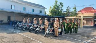 Ra mắt Tổ công tác bảo đảm trật tự an toàn giao thông, an ninh trật tự ở Thoại Sơn