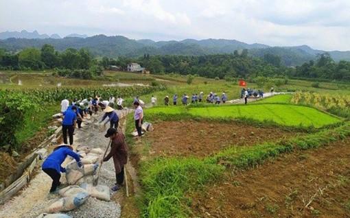 Nỗ lực xây dựng nông thôn mới ở xã khó khăn, biên giới