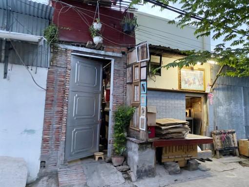 Phản ánh hàng xóm xây dựng không phép trên đất công