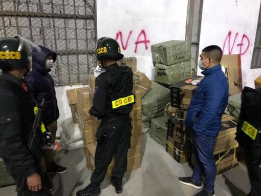 Triệt phá đường dây buôn lậu đặc biệt lớn qua biên giới với Trung Quốc