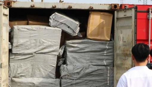 Phát hiện container chứa hơn 570 kg nghi là nhựa cây anh túc