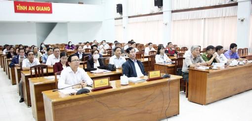 Thủ tướng Chính phủ Nguyễn Xuân Phúc dự và chỉ đạo công tác tư pháp