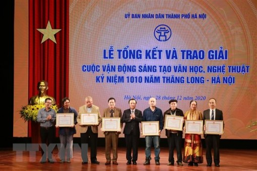 55 tác phẩm đoạt giải sáng tạo văn học kỷ niệm 1010 năm Thăng Long