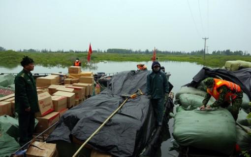 Bắt vụ vận chuyển gần 9 tấn hàng hóa nhập lậu