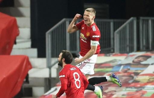 Manchester United và Arsenal thẳng tiến vào vòng 4 FA Cup