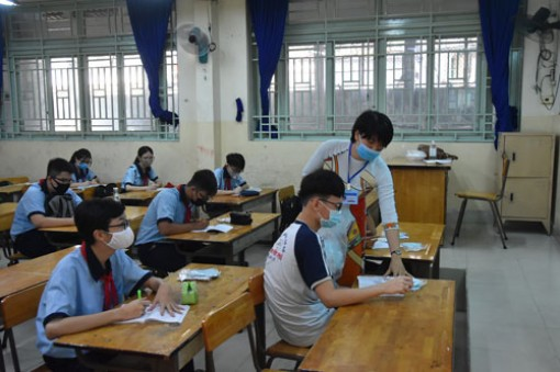 Tăng tốc đào tạo giáo viên liên môn