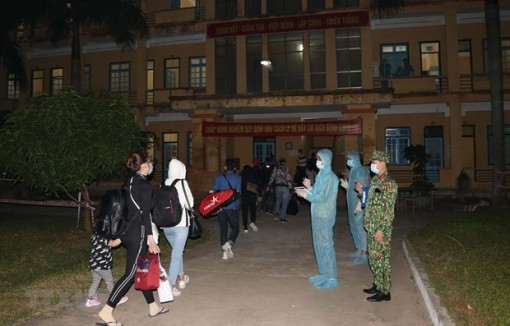 Việt Nam thêm 1 ca mắc COVID-19, được cách ly ngay khi nhập cảnh