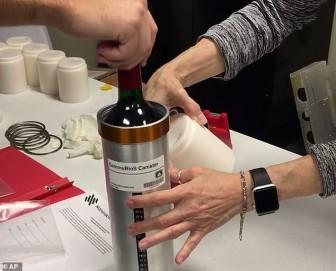 Rượu vang Pháp từ trạm vũ trụ trở về Trái đất sau 14 tháng không trọng lực